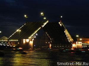 Разводной мост в Питере