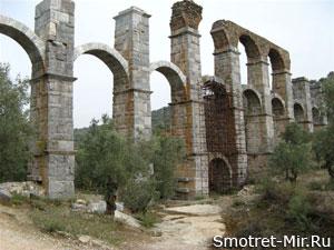 Римский акведук на Лесбос