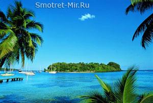 Красивый вулканический остров