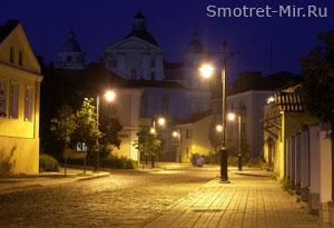 Луцк ночью