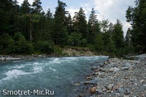 Реки в горах