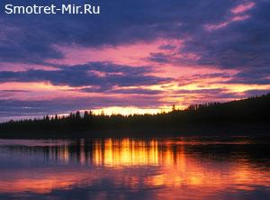 Рассвет на реке фото