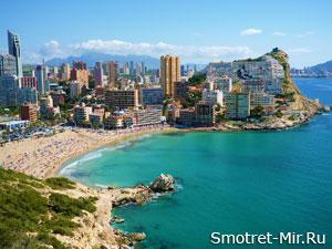 Город Аликанте в Испании