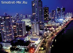 Ночной город Панама