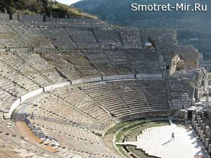 Театр в городе Эфес
