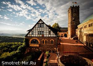 Замок Вартбург в Германии фото
