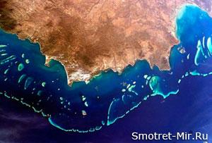 Где находится Большой Барьерный риф
