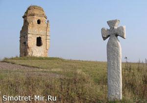 Тихомель - Арианская башня в Хмельницкой области