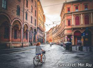 Город Болонья в Италии